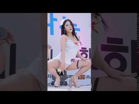 สาวๆ Girl Crush มาในชุดเซ็กซี่ พริตตี้จากแดนกิมจิ